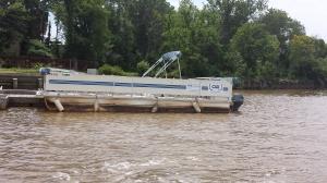 Bladensburg Park pontoon boat