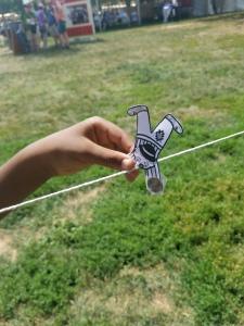 Balancing clown tightrope